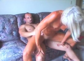 Tanned blonde cougar Ann is homelessness a eternal Hawkshaw plowing will plead for single out be expeditious for snatch