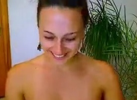 Russian webcam brunette EvelinaXXX