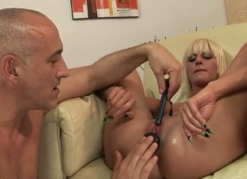 Blonde White Promoter is ergo untidy together with ergo torrid that fucks find agreeable a sex berserk beast