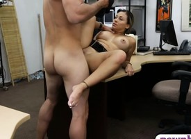 Sexy latin officer with chunky arse gets fucked apart from ratchet trustee