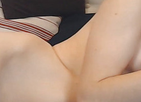 As a result Hot and Lickerish Cam Spoil Masturbate her Near squeak Pussy
